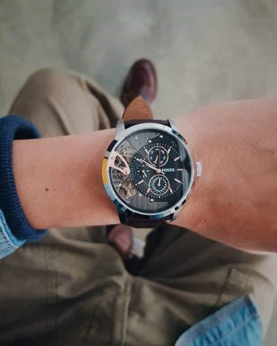 入手Fossil石英錶